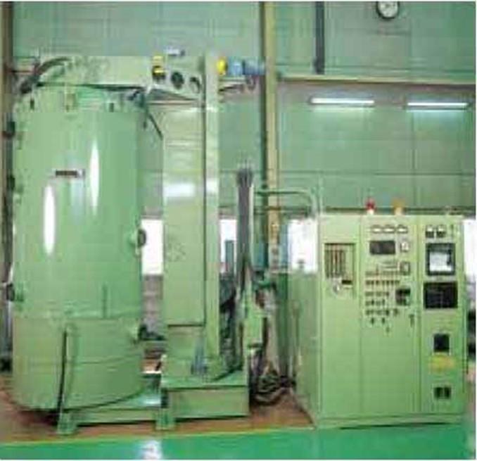 JIN-10SC型イオン窒化装置